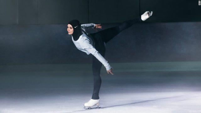 Nike为穆斯林女性推出运动头巾图片